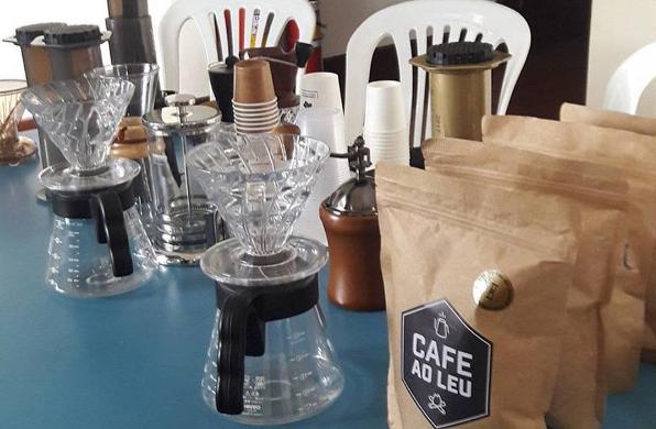 cafe-ao-leu-casa-da-gloria